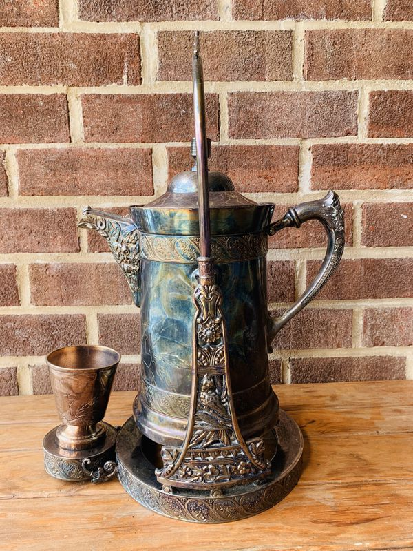 VINTAGE ! Silver Plate Tilting Ice Water Pitcher on Stand W - Cup