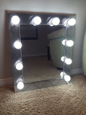 Silver/black vanity mirror for Sale in San Bernardino, CA