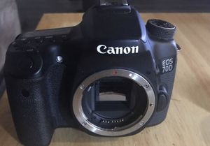 Canon EOS 70D (body only but lenses available need to sell ASAP) for Sale in Austin, TX