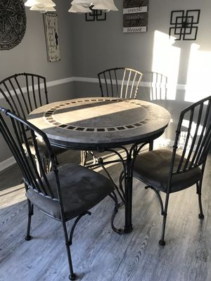 Kitchen table and coffee/wine bar rack like new used for couple of months for Sale in Toms River, NJ