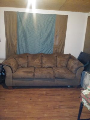 Brown sofa couch 7ft for Sale in Tacoma, WA