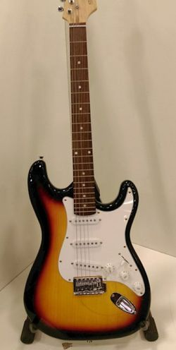 Spectrum Stratocaster Electric Guitar for Sale in Elgin,  IL