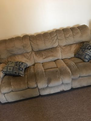 Couch- Microfiber for Sale in La Vergne, TN