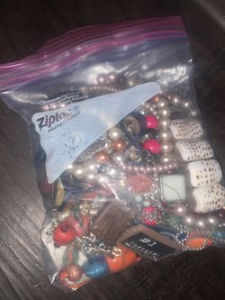 Big bag full of costume jewelry! for Sale in Cedar Park,  TX