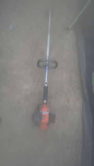 Older echo weed eater runs good for Sale in Reedley, CA