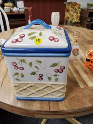 Ceramic storage container for Sale in Erie, PA