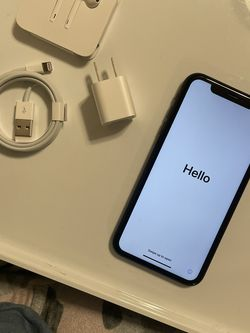 iPhone XR 128gig for Sale in Battle Ground,  WA