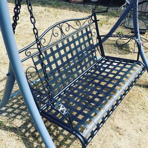 60's Vintage (refurbished) Bench/ Porch Swing for Sale in Santa Clarita, CA