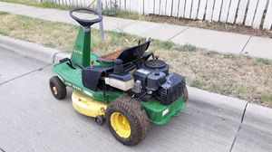 Lawn tractor John Deere GX75 for Sale in Dallas, TX