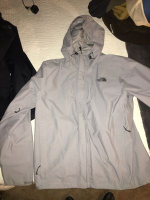 NORTHFACE MENS RAIN JACKET BRAND NEW SIZE LARGE for Sale in Dalworthington Gardens, TX