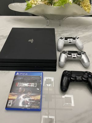 PS4 pro for Sale in Miami, FL