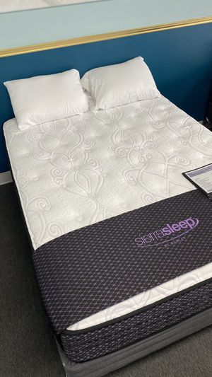Olivia Queen Plush Mattress with super soft foam quilt C55 for Sale in Irving, TX