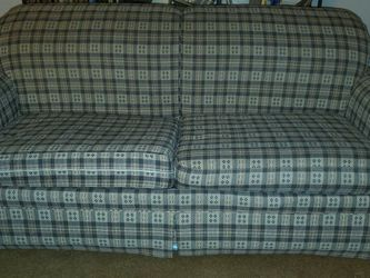 Comfy Pull-out Couch Sofa Bed for Sale in Pittsburgh,  PA