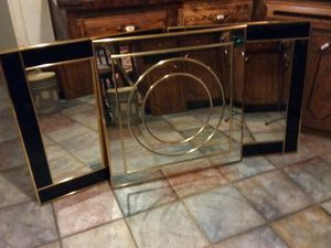 Wall hanging mirrors 30in by 30in for Sale in Oklahoma City, OK