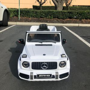Kid's Ride On Car With Remote Control. Brand New for Sale in San Diego, CA