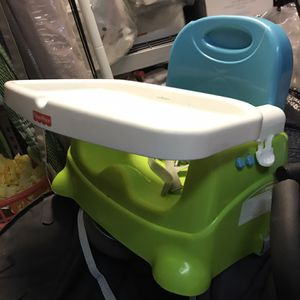 Folding Portable Booster Seat w/tray for Sale in Long Beach, CA