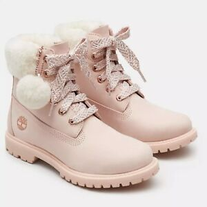 Woman's pink Timberland boots size 7 New for Sale in Laveen Village, AZ