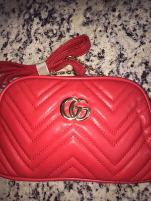 Crossbody for Sale in Sterling Heights, MI