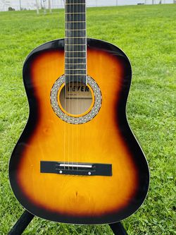 Acoustic guitars metal strings color sun burst for Sale in Vernon,  CA
