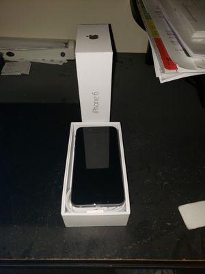 iPhone 6 unlocked for Sale in Wichita, KS