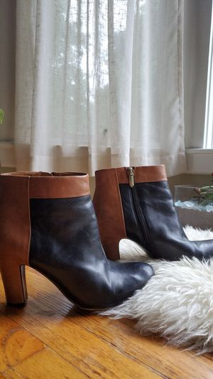 Sam Edelman Booties size 8.5 for Sale in Hull, MA