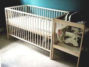 Crib with changing table for Sale in Washington, DC