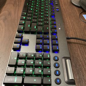 Logitech G815 Clicky RGB Mechanical Keyboard for Sale in Chino, CA