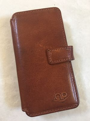 iPhone 5 (5SE) Leather magnetic case with card holder for Sale in Poway, CA