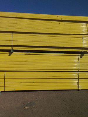 Pallet racking nothing bolt pallet racking 24 feet high 36 feet wide I got to get $90 on upright for Sale in Peoria, AZ