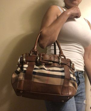 Authentic Burberry bag for Sale in Chula Vista, CA