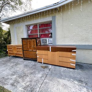 Free Dresser for Sale in Fort Lauderdale, FL