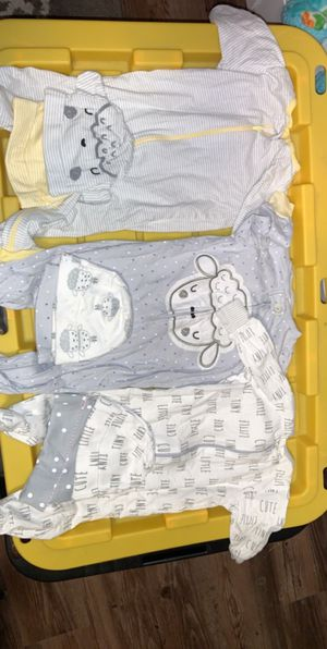 Size 0-3M all for $5 for Sale in Pittsburg, CA