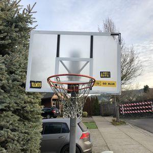Free Basketball Hoop Scrap Metal U haul You Hoops for Sale in Beaverton, OR