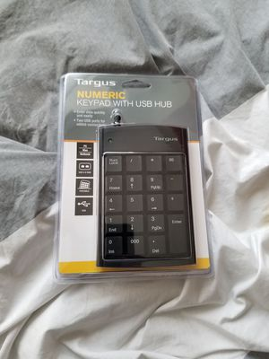 Taurus Numeric Keypad with USB Hub for Sale in Pittsburgh, PA