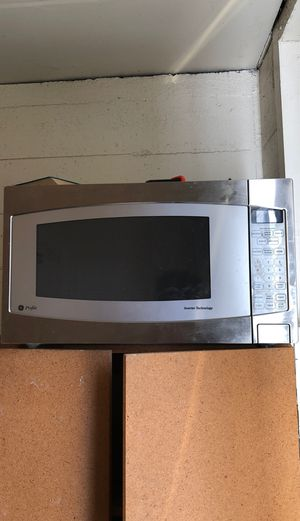 GE Microwave for Sale in Pendleton, OR