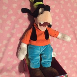 Disney Mickey Mouse Clubhous Jr Goofy Plush Stuffed New for Sale in Elmont, NY