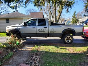 2005 dodge ram 2500 - parts for Sale in Orland Hills, IL