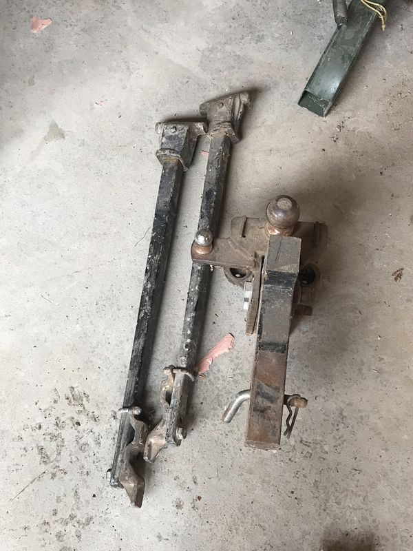 Big camper hitch with support arms / sway bars