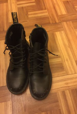 Dr. Martens for Sale in Pittsburgh, PA