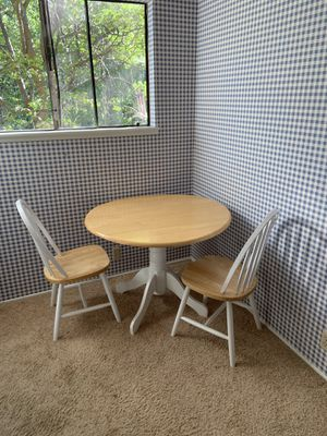 Gorgeous kitchen bistro table and chairs with drop down leaves for Sale in Lake Arrowhead, CA