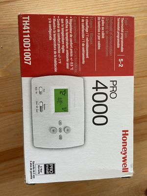 Honeywell Pro 4000 programmable thermostat for Sale in Grove City, OH