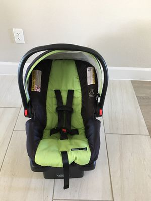Infant car seat Graco for Sale in Austin, TX