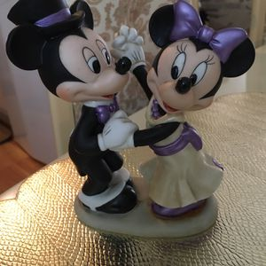Vintage Disney Figurine for Sale in Belle Isle, FL