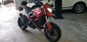 2018 DUCATI HYPERMOTARD 939 CC ONLY 905 MILES LIKE NEW for Sale in Miami, FL