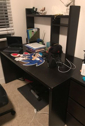 Desk with topper for Sale in Marina del Rey, CA