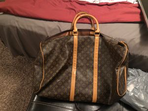 Louis V duffle bag for Sale in Houston, TX