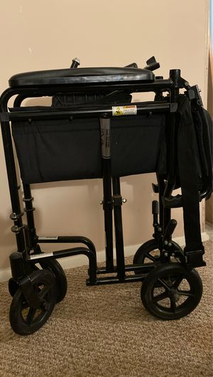 Super Light transport chair for Sale in Jessup, MD