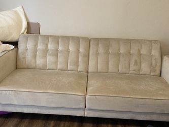 Couch / Sleeper for Sale in North Ridgeville,  OH