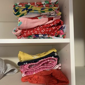 PENDING Free - Girls clothing sizes 5-6Y for Sale in Kirkland, WA
