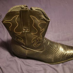 Black Cowboy Boots Men's Size 12 for Sale in South Windsor, CT